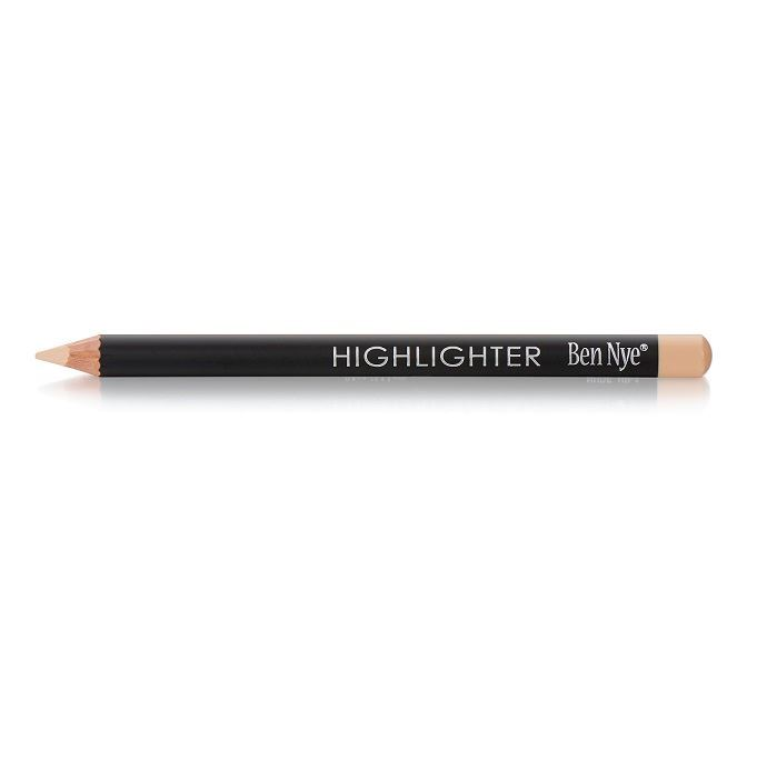 how to use eye highlighter pencil