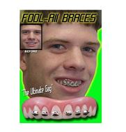 Picture of Billy Bob Fool All Braces Teeth