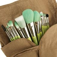 Picture of Green Bamboo - Complete 15pc. Brush Set
